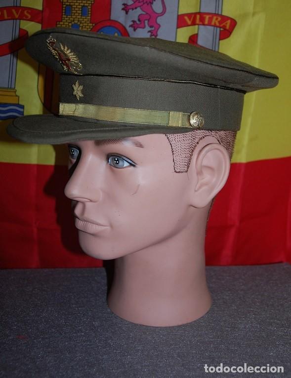 Militaria: GORRA DE PLATO ALFEREZ EJERCITO DE TIERRA ESPAÑOL 1977-04 - Foto 2 - 160647838