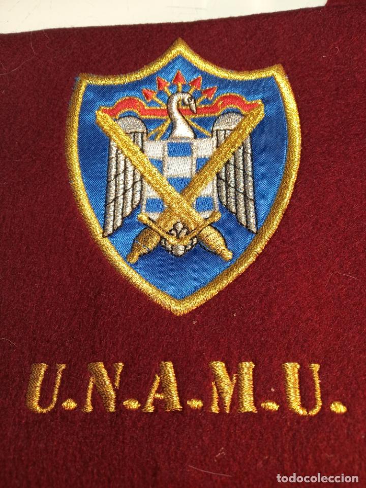 BANDA DE LA UNIÓN NACIONAL DE MILICIAS UNIVERSITARIAS. UNAMU. PETENECIENTE A ALFÉREZ DE INFANTERÍA. (Militar - Boinas y Gorras )