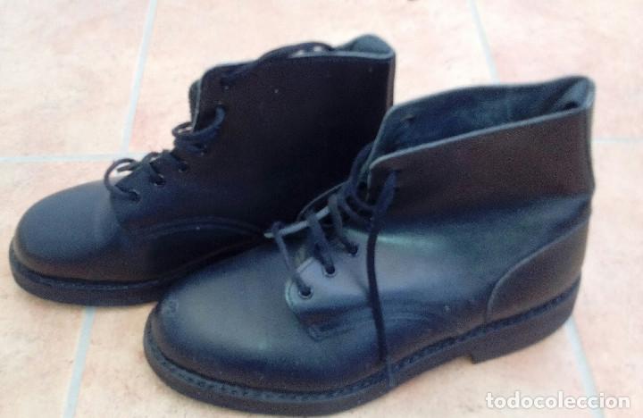 Militaria: Botas bajas cuero negro Ejército Español. Segarra talla 41. Borceguís militares. - Foto 3 - 162374418