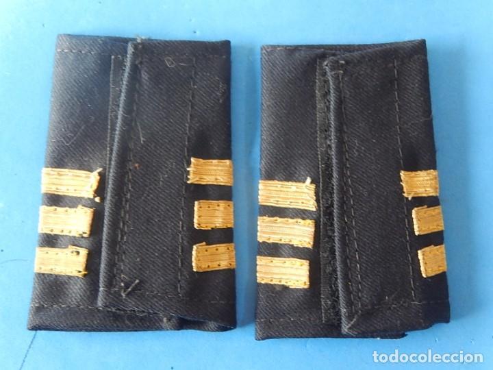 Militaria: Marina mercante española. Manguitos de oficial de máquinas. - Foto 4 - 163958034