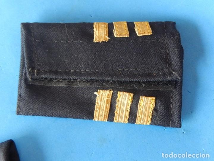 Militaria: Marina mercante española. Manguitos de oficial de máquinas. - Foto 6 - 163958034