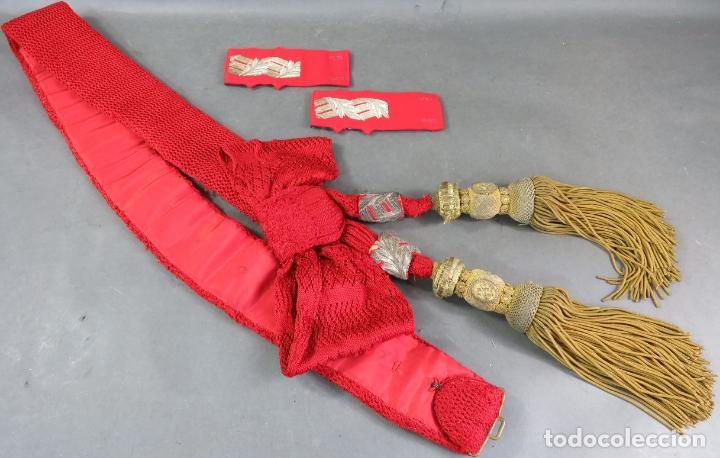 FAJÍN MILITAR DE GENERAL BORDADO Y FLECOS EN HILO DE ORO ÉPOCA ALFONSO XIII (Militar - Cinturones y Hebillas )