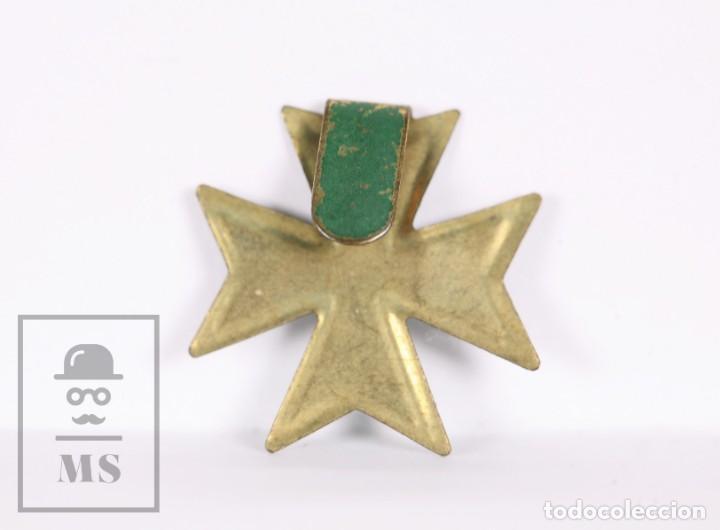 Militaria: Emblema Metálico - Cruz de Malta en Color Verde - Medidas 2 x 2 cm - Foto 2 - 168821328