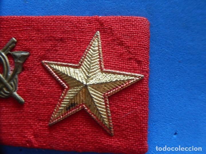Militaria: Ejército Español. Pequeña galleta porta divisas para un subteniente de Infantería - Foto 4 - 169040460