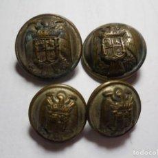 Militaria: MAGNIFICOS 4 BOTONES ANTIGUOS CON EL AGUILA,LAS ALAS RECTAS,FABRICACION NACIONAL. Lote 170182988