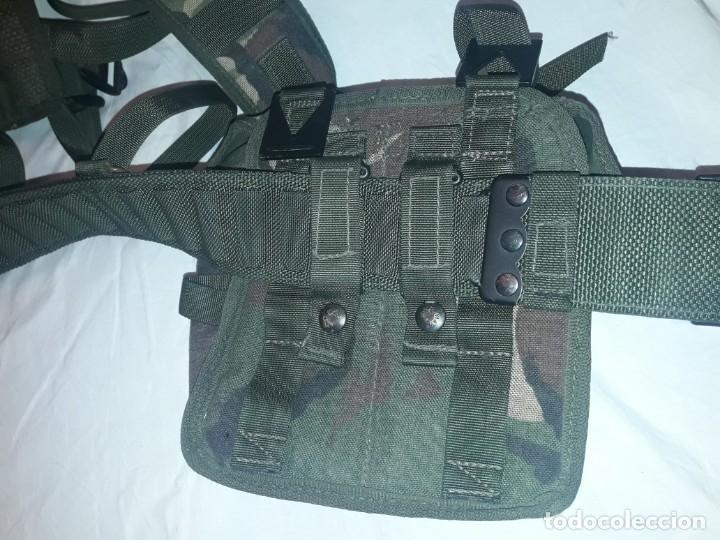 Militaria: Conjunto equipo de combate chaleco cinturón cartuchera cantil 1990/1996 - Foto 12 - 171608234