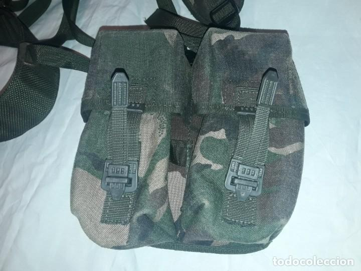 Militaria: Conjunto equipo de combate chaleco cinturón cartuchera cantil 1990/1996 - Foto 13 - 171608234