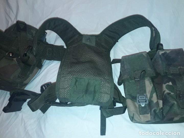 Militaria: Conjunto equipo de combate chaleco cinturón cartuchera cantil 1990/1996 - Foto 15 - 171608234