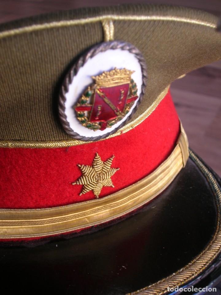 Militaria: EXCEPCIONAL Y MUY ESCASA GORRA DE COMANDANTE DE LA GUARDIA DEL CAUDILLO GENERALISIMO FRANCO. - Foto 3 - 171989599