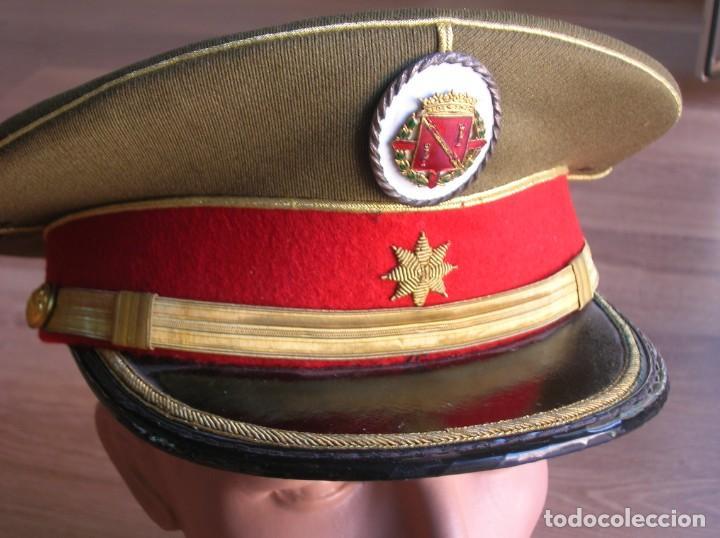 Militaria: EXCEPCIONAL Y MUY ESCASA GORRA DE COMANDANTE DE LA GUARDIA DEL CAUDILLO GENERALISIMO FRANCO. - Foto 4 - 171989599