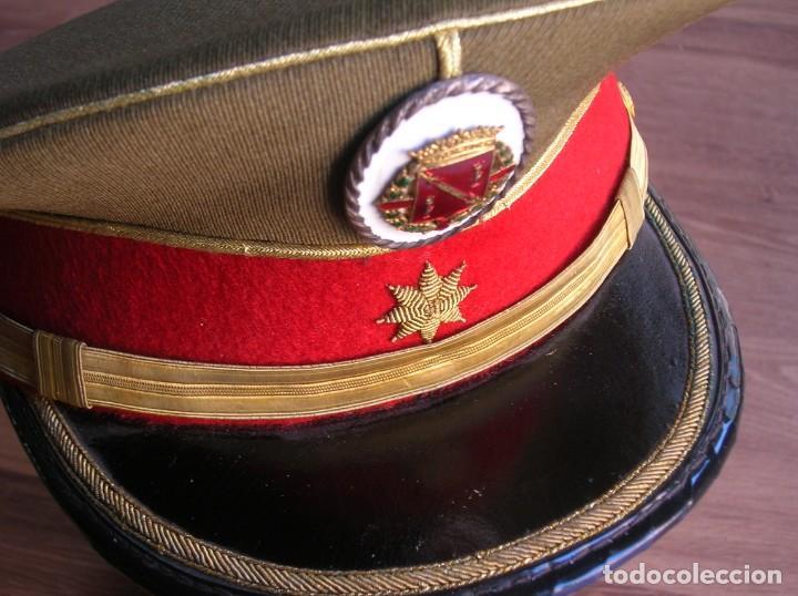 Militaria: EXCEPCIONAL Y MUY ESCASA GORRA DE COMANDANTE DE LA GUARDIA DEL CAUDILLO GENERALISIMO FRANCO. - Foto 8 - 171989599