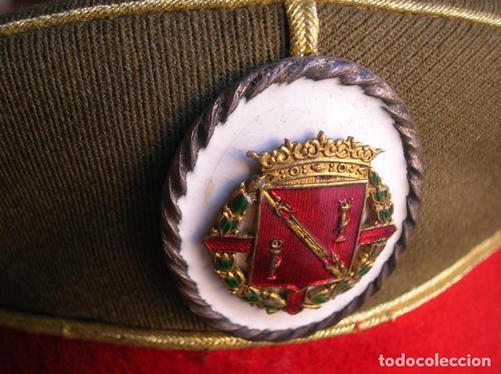 Militaria: EXCEPCIONAL Y MUY ESCASA GORRA DE COMANDANTE DE LA GUARDIA DEL CAUDILLO GENERALISIMO FRANCO. - Foto 12 - 171989599