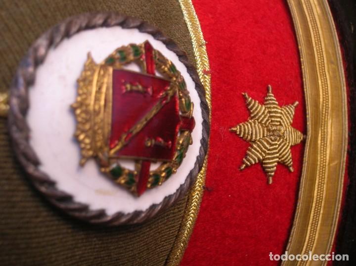 Militaria: EXCEPCIONAL Y MUY ESCASA GORRA DE COMANDANTE DE LA GUARDIA DEL CAUDILLO GENERALISIMO FRANCO. - Foto 14 - 171989599