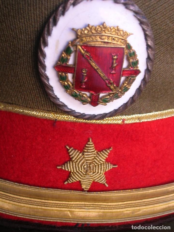 Militaria: EXCEPCIONAL Y MUY ESCASA GORRA DE COMANDANTE DE LA GUARDIA DEL CAUDILLO GENERALISIMO FRANCO. - Foto 16 - 171989599