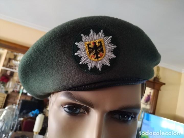 GORRA BOINA CHAPELA GORRA POLICIA ALEMANA DE ALEMANIA POLICE CON PLACA DISTINTIVO BORDADO, INSIGNIA (Militar - Boinas y Gorras )