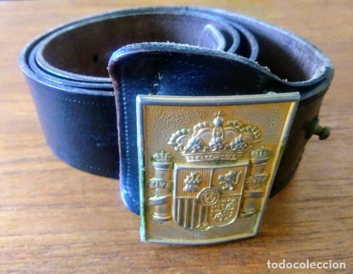 CINTURÓN POLICIA NACIONAL. 1980. ESCUDO CONSTITUCIONAL (Militar - Cinturones y Hebillas )