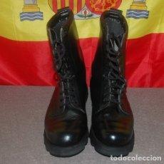Militaria: BOTAS MILITARES GUARDIA CIVIL AÑOS 90 TALLA 42 ITURRI. Lote 174034004