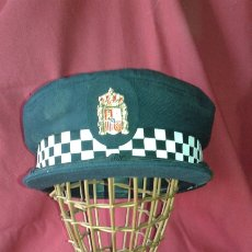 Militaria: GORRA POLICIA LOCAL ANDALUCIA - MUNICIPAL - TALLA 58. Lote 174971907