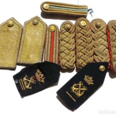 Militaria: CONJUNTO DE HOMBRERAS MILITARES. Lote 175267028