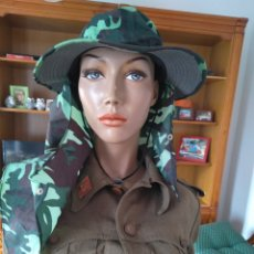 Militaria: GORRO MILITAR ORIGINAL EJERCITO CAMBOYA. Lote 175871518