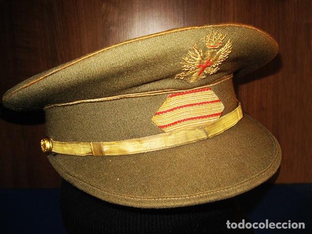 Militaria: Gorra militar de Sargento del Ejército de Tierra de la época de Franco. Excelente estado de conserv - Foto 2 - 177672867