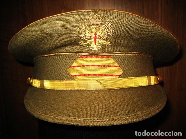 Militaria: Gorra militar de Sargento del Ejército de Tierra de la época de Franco. Excelente estado de conserv - Foto 3 - 177672867