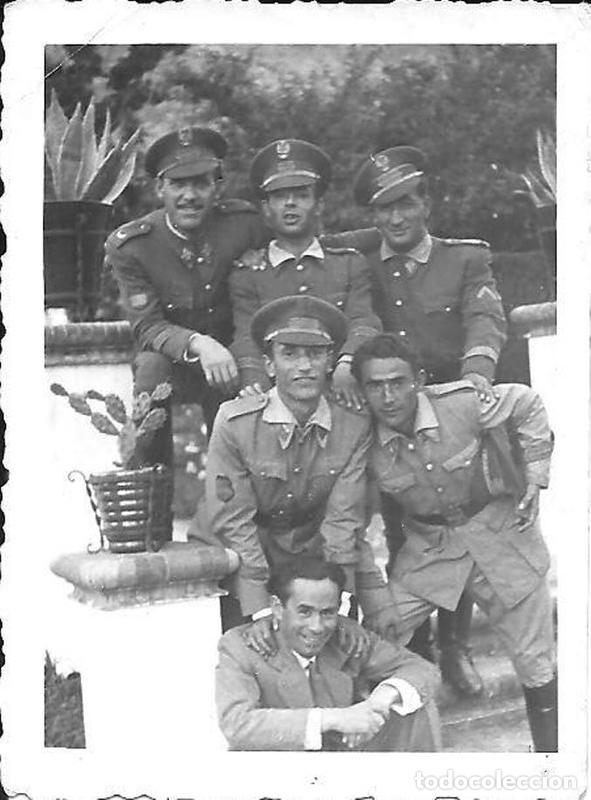 Militaria: Gorra militar de Sargento del Ejército de Tierra de la época de Franco. Excelente estado de conserv - Foto 10 - 177672867