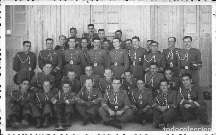 Militaria: Gorra militar de Sargento del Ejército de Tierra de la época de Franco. Excelente estado de conserv - Foto 11 - 177672867