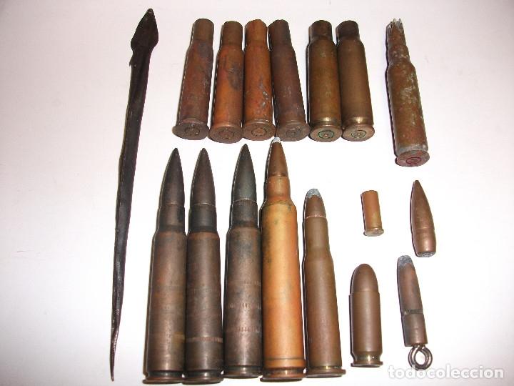 GUERRA CIVIL 16 BALAS MUNICION DE UN CAPITAN DE ARTILLERIA MILITAR (Militar - Cinturones y Hebillas )