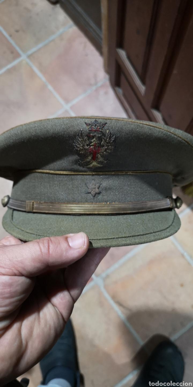 GORRA DE PLATO DEL EJÉRCITO ESPAÑOL DE ALFÉREZ, TALLA APROXIMADA 57 (Militar - Boinas y Gorras )