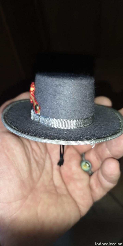 Militaria: Antigua miniatura de sombrero de caballería o remonta del ejército español - Foto 2 - 179219646