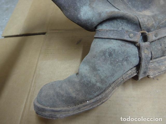Militaria: * Antigua pareja de botas de la guerra civil, original. ZX - Foto 7 - 179950087