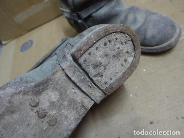 Militaria: * Antigua pareja de botas de la guerra civil, original. ZX - Foto 9 - 179950087