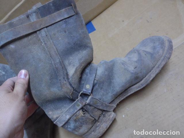 Militaria: * Antigua pareja de botas de la guerra civil, original. ZX - Foto 10 - 179950087