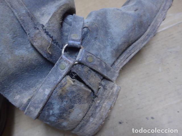 Militaria: * Antigua pareja de botas de la guerra civil, original. ZX - Foto 11 - 179950087