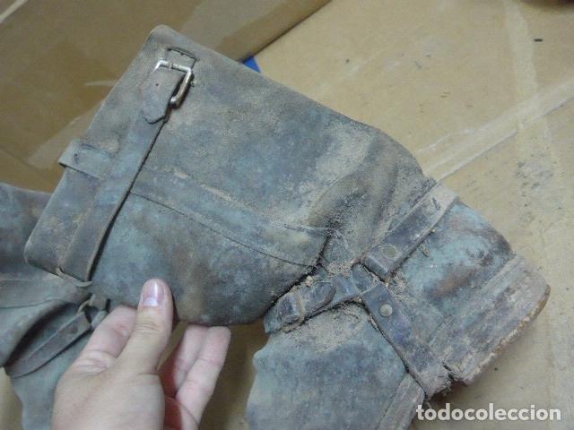 Militaria: * Antigua pareja de botas de la guerra civil, original. ZX - Foto 13 - 179950087