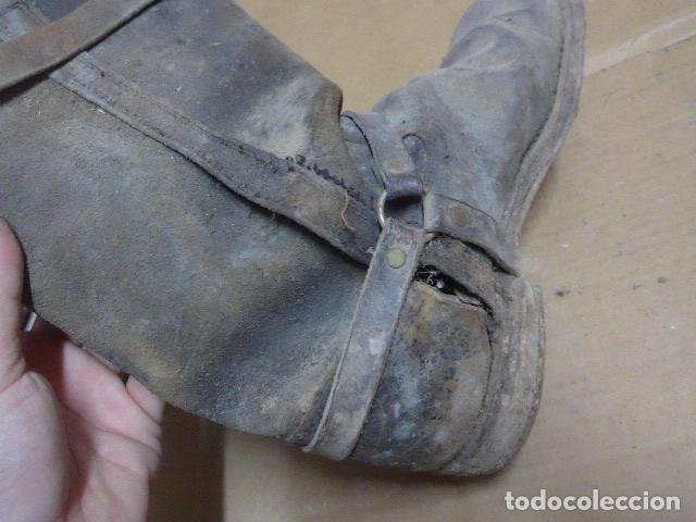 Militaria: * Antigua pareja de botas de la guerra civil, original. ZX - Foto 16 - 179950087