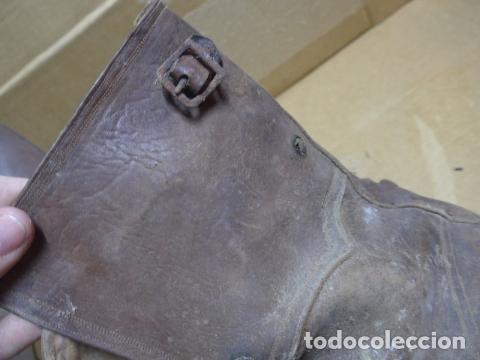 Militaria: * Antigua pareja de botas marrones republicanas de la guerra civil, original. ZX - Foto 5 - 179950391