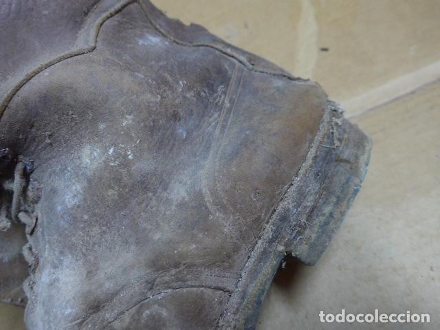 Militaria: * Antigua pareja de botas marrones republicanas de la guerra civil, original. ZX - Foto 6 - 179950391