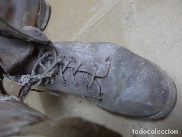 Militaria: * Antigua pareja de botas marrones republicanas de la guerra civil, original. ZX - Foto 7 - 179950391