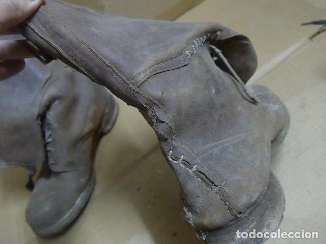 Militaria: * Antigua pareja de botas marrones republicanas de la guerra civil, original. ZX - Foto 9 - 179950391