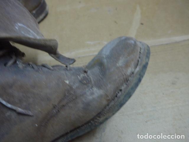 Militaria: * Antigua pareja de botas marrones republicanas de la guerra civil, original. ZX - Foto 11 - 179950391