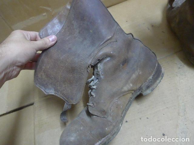 Militaria: * Antigua pareja de botas marrones republicanas de la guerra civil, original. ZX - Foto 13 - 179950391