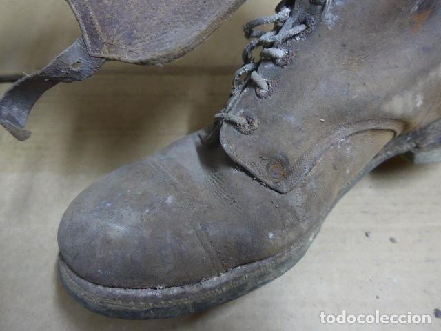 Militaria: * Antigua pareja de botas marrones republicanas de la guerra civil, original. ZX - Foto 15 - 179950391