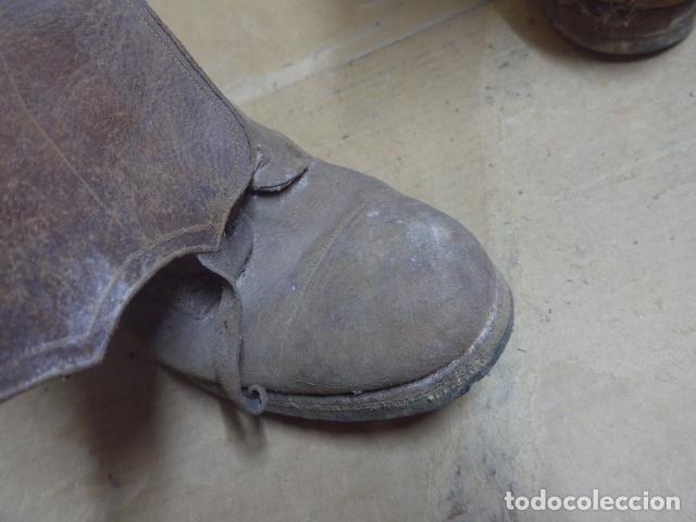 Militaria: * Antigua pareja de botas marrones republicanas de la guerra civil, original. ZX - Foto 16 - 179950391