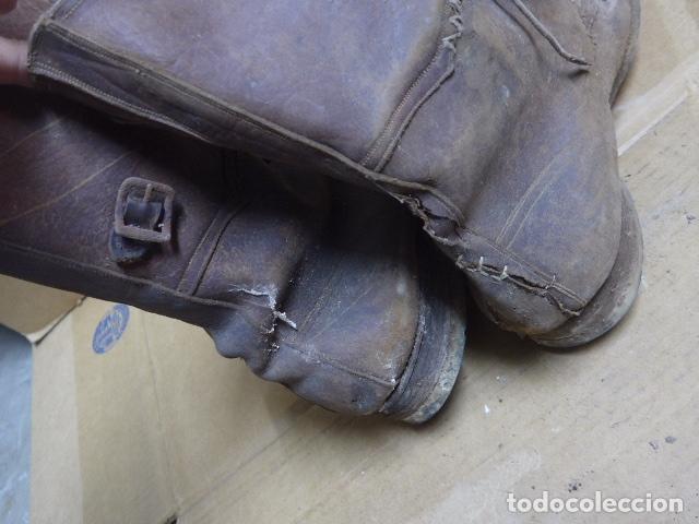 Militaria: * Antigua pareja de botas marrones republicanas de la guerra civil, original. ZX - Foto 22 - 179950391