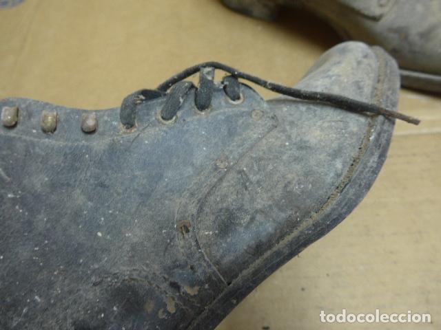 Militaria: * Antigua pareja de botas o botines de la guerra civil, original. ZX - Foto 5 - 179951165