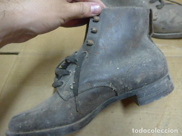 Militaria: * Antigua pareja de botas o botines de la guerra civil, original. ZX - Foto 7 - 179951165