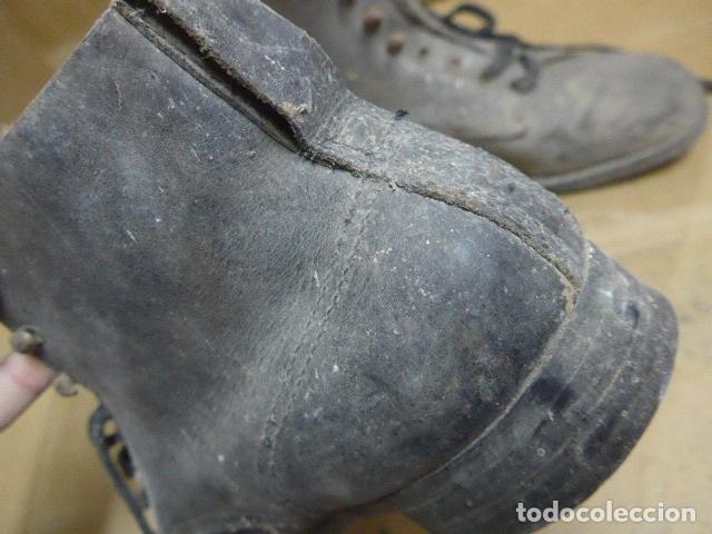 Militaria: * Antigua pareja de botas o botines de la guerra civil, original. ZX - Foto 8 - 179951165