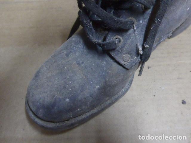 Militaria: * Antigua pareja de botas o botines de la guerra civil, original. ZX - Foto 9 - 179951165